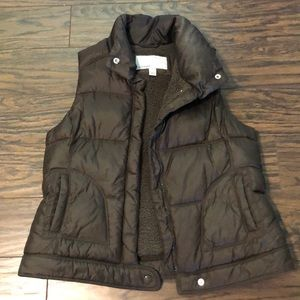 Chocolate brown puffy vest